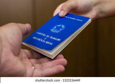 Brazilian woman delivery document work and social security