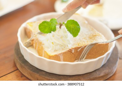 Bread, butter, sugar white dish