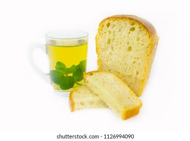 Bread in leaven (Levito madre) and tea with melissa