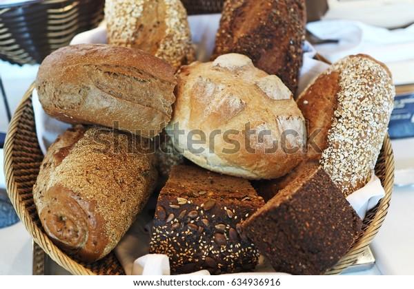 bread on buffet line