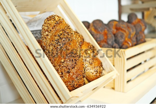 bread on buffet line