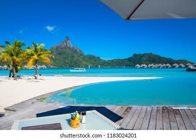 Breakfast in Bora Bora