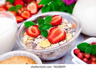 Breakfast. Granola and berries