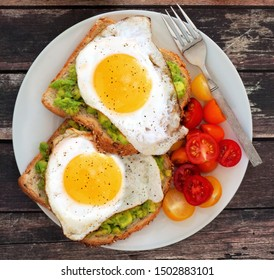 breakfast - scrambled eggs with toast