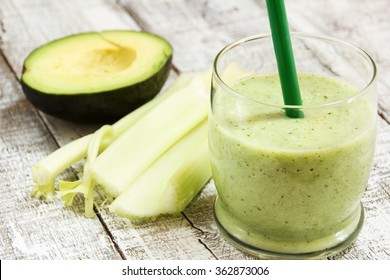 Breakfast smoothie / Green smoothie with bananas avocados and celery
