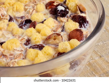 Breakfast snack muesli with nut detail view