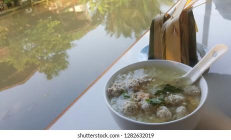 breakfast soft-boiled rice in Thai homestay
