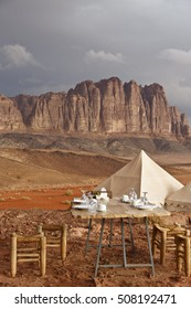 Breakfast at Wadi Rum in a cloudy day