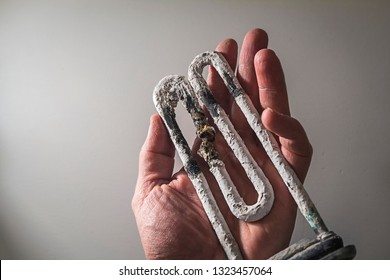 breaking the washing machine requires replacing the heating element
