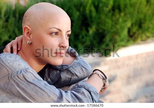 sopravvissuto al cancro al seno con atteggiamento positivo