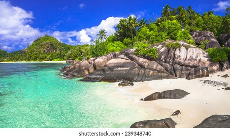 breathtaking beaches of Seychelles islands