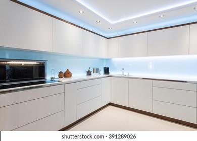Breathtaking light interior design od kitchen