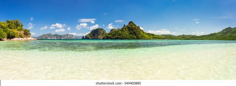 Breathtaking panorama from Snake Island, Palawan, Philippines