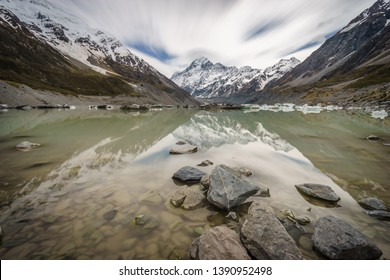 Breathtaking view of Mount Cook and the surrounding Hooker Lake. Hooker Glacier can be seen in the background. Aoraki/Mount Cook National Park, South Island of New Zealand