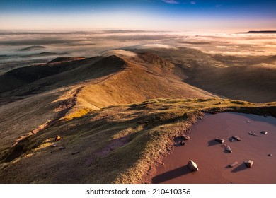 Brecon Beacons. Sunrise from the top of Pen Y Fan