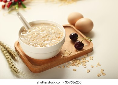 Brewing oatmeal small fresh figure