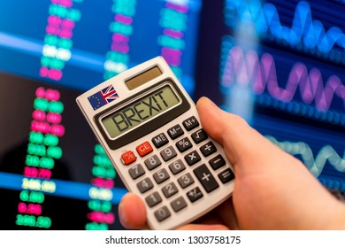 Brexit calculator with stocks and shares on the financial markets.