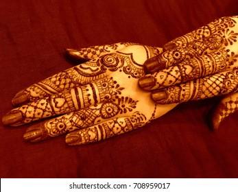 Bridal mehndi- henna tattoo on women hands. Mehndi is traditional Indian decorative art. (mehndi hands)