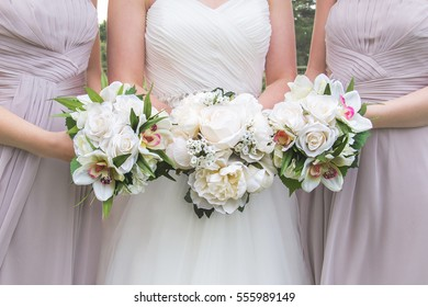 Bride and Bridemaids flowers