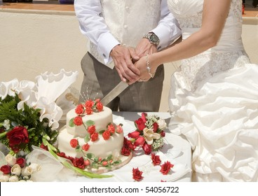 Couple Cutting Cake Images, Stock Photos & Vectors