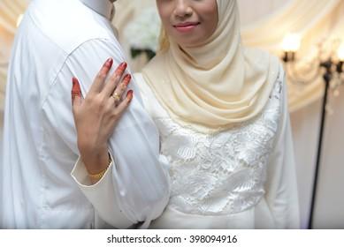 bride hand