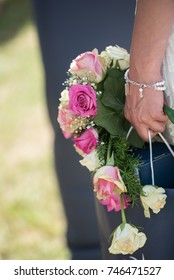 Bride holing bouquet