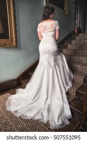 Bride shows off her stunning retro wedding dress