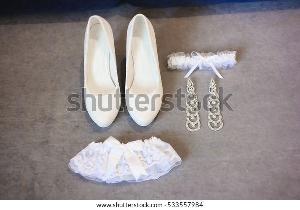Bride wedding details - wedding shoes