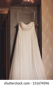 Bride wedding  dress. Beautiful wedding dress. Wedding day moments