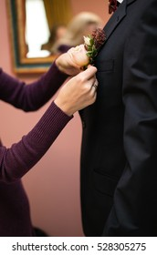 Bridesmaids Buttons groom boutonniere