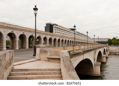 The bridge of Bercy with the Ministry of Finance in the background