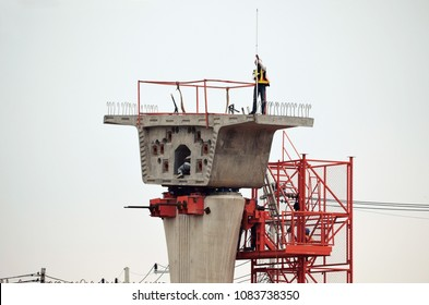 Bridge construction, segmental bridge box girders