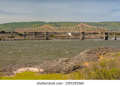 Bridge crossings and columbia river at the Dalles Oregon state.