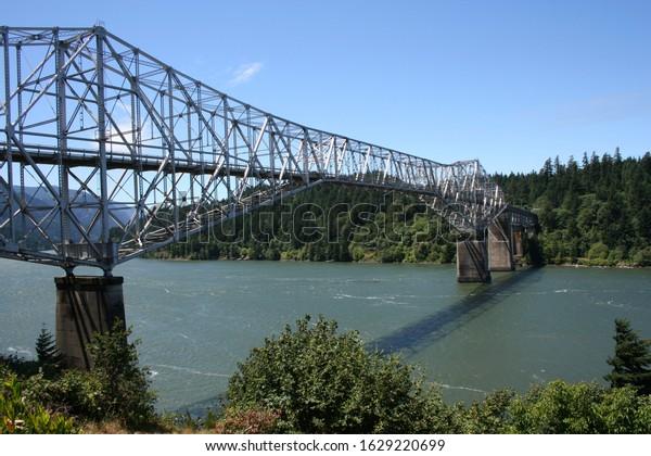 Bridge of the Gods, Columbia Gorge, Oregon