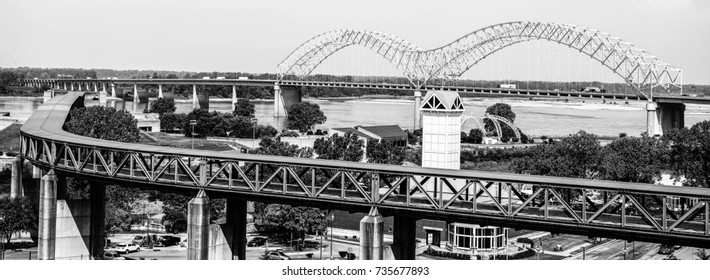 bridge and interstate in memphis tennessee