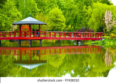 Bridge in japanese garden in spring