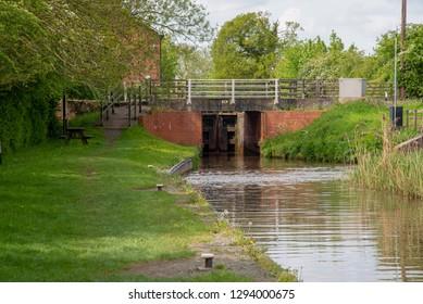 Bridge No 23 at Marbury Lock on the Llangollen Canal near Marbury, Cheshire, UK