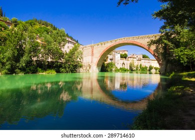 The bridge on the Metauro river at Fossombrone, Marches - Italy.