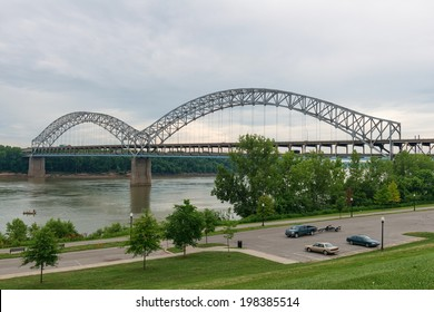 Bridge over the Ohio River, New Albany, Indiana