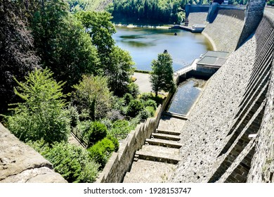 bridge over river, beautiful photo digital picture