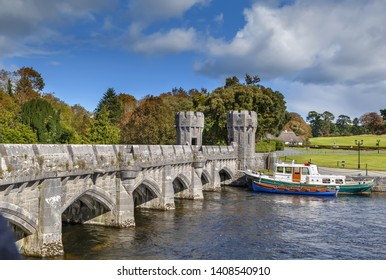 Bridge over River Corrib, after the main gate, gives the way to Ashford Castle, Ireland