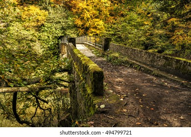 Bridge over the river in the Selva de Irati Natural Park