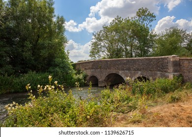 Bridge over the River Windrush, Cotswolds