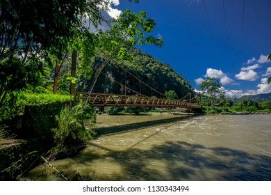 Bridge of the Peruvian jungle, Tingo Maria