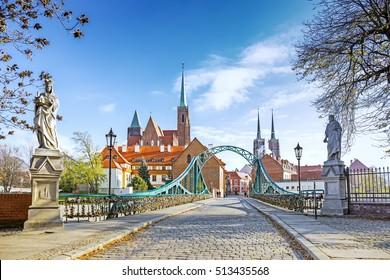 Bridge to Tumski island in Wroclaw, Poland