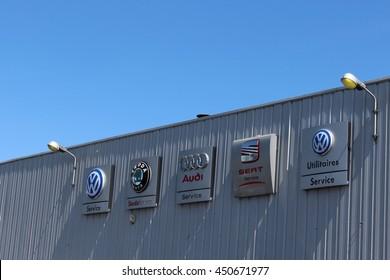 BRIE COMTE ROBERT, FRANCE - JULY 9, 2016: Logo of several car manufacturer.