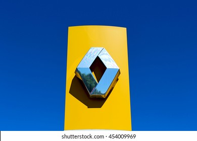 BRIE COMTE ROBERT, FRANCE - JULY 17, 2016: Renault is a French car manufacturer. It is linked to the Japanese manufacturer Nissan since 1999.