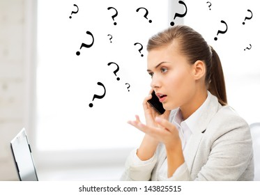 bright picture of confused woman with smartphone