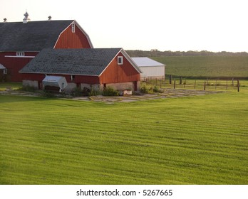 Bright Red Barn brings life to the farm