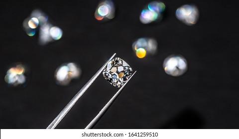Brilliant Diamond in Jewelry Tweezers